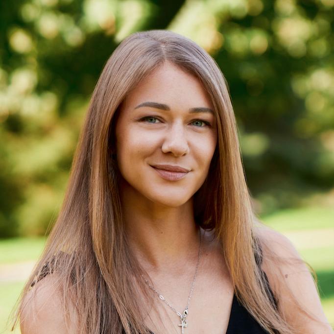 Полина Новичкова