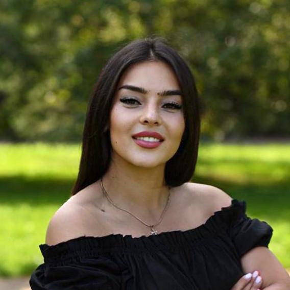 Александра Шутова